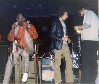 bob-dylan-with-muddy-waters.jpg